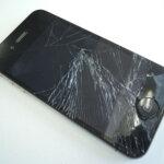 iPhone画面割れの修理値段はおいくら?ソフトバンク/au/ドコモ編
