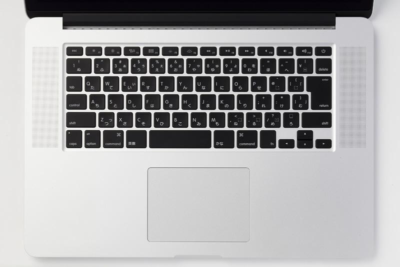 macbookキーボード外し方